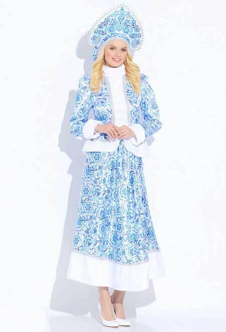 Длинная юбка в костюме Гжель для Снегурочки.
